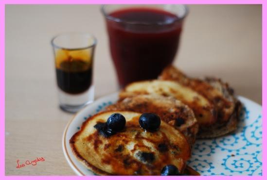 blueberry pancakes 5 Copyright LosAngelas