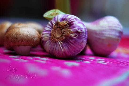 Mushrooms and garlic 4