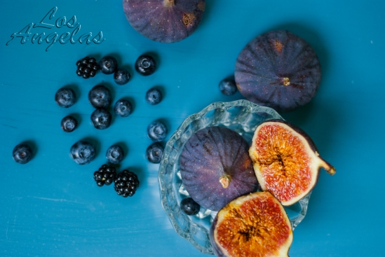 food photography Figs and berries 3