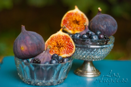 food photography Figs and berries 4