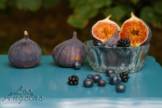 food photography Figs and berries 6